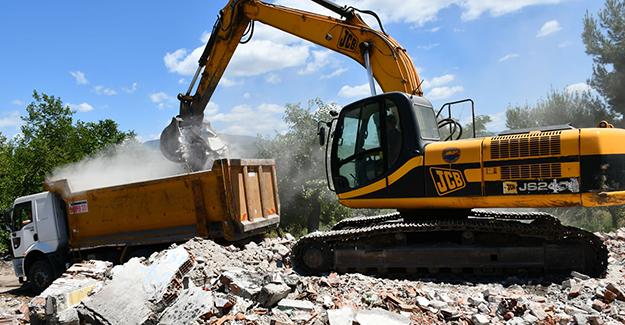 Karabük Kartaltepe kentsel dönüşüm projesinde yıkım çalışmaları başladı!
