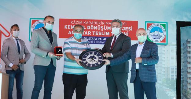 Kazım Karabekir kentsel dönüşüm projesinde 109 aileye anahtarları teslim edildi!