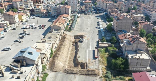 Nevşehir Karasoku kentsel dönüşüm projesinin ilk etabı için kazma vuruldu!