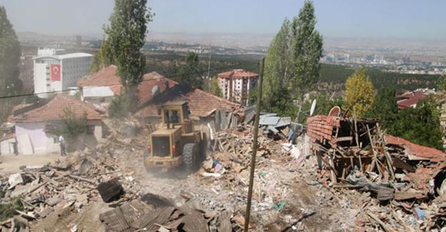 Çankaya'da Keklikpınarı Mahallesi'nde 17 gecekondunun yıkımına başlandı!