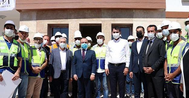 'Elazığ depremzedelere TOKİ projeleri yıl sonuna kadar teslim edilecek'!