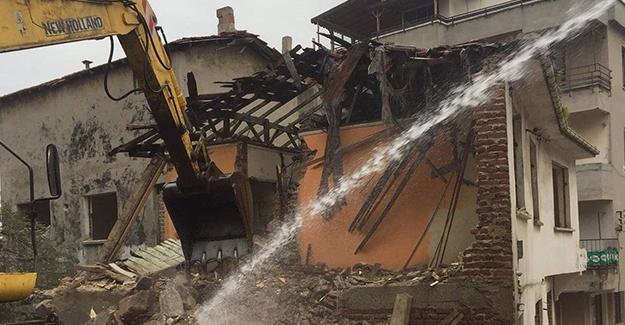 Tekirdağ Süleymanpaşa'da metruk yapı yıkımları devam ediyor!
