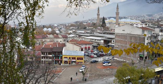 Bursa Hanlar Bölgesi ve Çarşıbaşı kentsel tasarım projesi için 34 proje yarışacak!