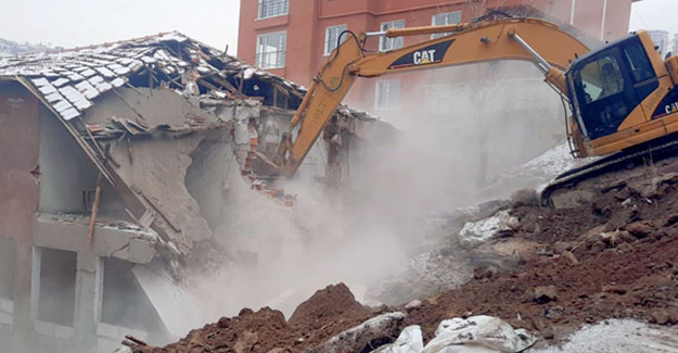 Çankaya'da gecekonduların yıkım çalışmaları sürüyor!