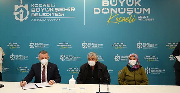 İzmit Cedit Mahallesi kentsel dönüşüm projesi için ilk imzalar atıldı!