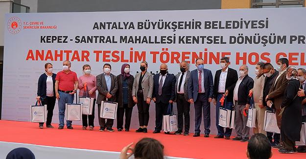 Sur Yapı Antalya'da 678 dairenin daha anahtar teslimi yapıldı!
