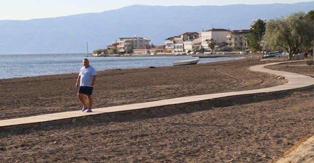 Büyükşehir tarafından Kumsaz plajı yenilendi!