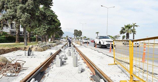 İzmir'de Konak tramvayı için geçici trafik düzenlemesi!