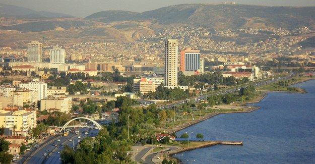 İzmir'in parlayan yıldızı 'Bayraklı' !