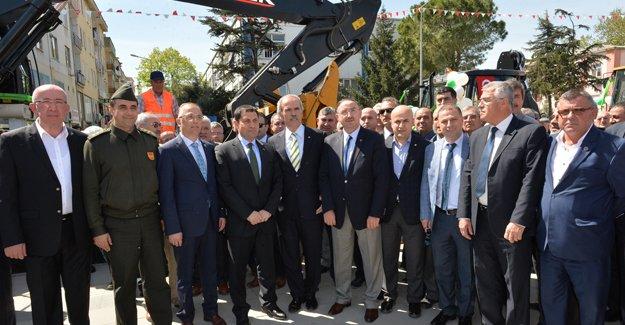 Mustafakemalpaşa Belediyesi araç filosunu genişletti!