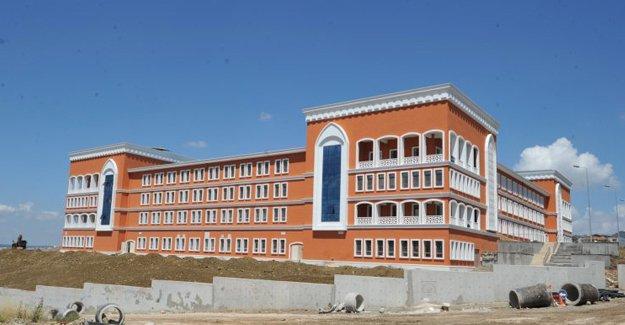 Osmangazi'nin modern lisesi eğitime hazır!
