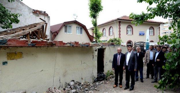 Osmangazi'de Kamulaştırma Yıkımları Sürüyor