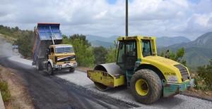 Antalya Gazipaşa'nın Karalar bölgesindeki yayla yolları yenileniyor!