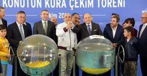 Eyüp kentsel dönüşümde 400 konutun kurası çekildi!