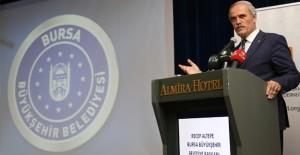 Başkan Altepe, İMSİAD'ın toplantısında kentsel dönüşümü anlattı!