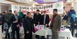 TOKİ Erzincan Yoğurtlu ve Yanlızbağ'da 890 konutun kurası çekildi!