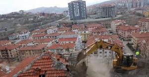 Ankara Çankaya'da gecekondular yıkılıyor!
