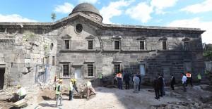 Başkan Çelik, Kayseri'de devam eden önemli projeleri inceledi!