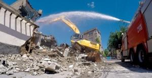 Kahramanmaraş Sarayaltı Caddesi kamulaştırılan binalar yıkılıyor!