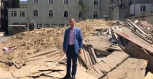 İstanbul Bayrampaşa Orta Mahalle'de kamulaştırılan binalar yıkıldı!