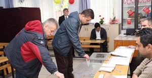 Antalya halkı 3'üncü etap raylı sistem hattı projesine evet dedi!