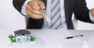 Kira kontratı biten kiracı evde oturmaya ne kadar devam edebilir?