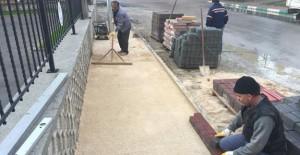 Gemlik'te kilit taşı döşeme ve asfaltlama çalışmaları hızlandı!