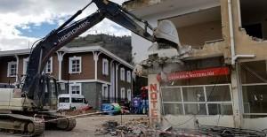 TOKİ Trabzon Çaykara kentsel dönüşüm projesinde yıkımlar başladı!