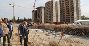 Başkan Çelikcan, Yüreğir Sosyal Konut Projesi inşaatını inceledi!