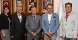 'Karabağlar kentsel dönüşüm alanında örnek bir mahalle yapalım'!