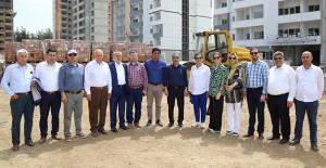 Başkan Çelikcan Yüreğir Belediyesi Sosyal Konut projesini inceledi!