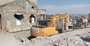 Tekke kentsel dönüşüm projesi kapsamında yıkım çalışmaları sürüyor!