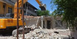 Antakya Emek ve Aksaray kentsel dönüşüm projesinde yıkım çalışmaları sürüyor!