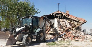 Çankaya Belediyesi gecekondu yıkımını sürdürüyor!