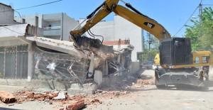 Yıldırım Belediyesi 2018'in ilk 7 ayında 74 kaçak yapıyı yıktı!