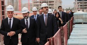 Bakan Murat Kurum, Kepez Santral kentsel dönüşüm proje alanını inceledi!