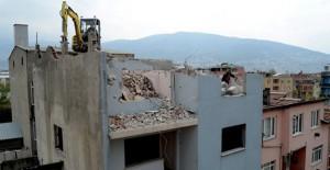 Soğanlı kentsel dönüşüm projesi kapsamında kalan riskli alandaki binalar yıkılıyor!