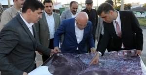 Başkan Sekmen, Erzurum Dağ Mahallesi kentsel dönüşüm projesini gezdi!