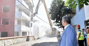 Kirazlıtepe kentsel dönüşüm projesinin 2. etabında yıkım çalışmaları başladı!