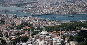 Depremi yaşayan İstanbullular kentsel dönüşüm için soluğu belediyelerde aldı!