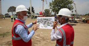 Başkan Gültak, Akdeniz Çay Mahallesi kentsel dönüşüm inşaat çalışmalarını inceledi!