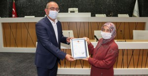 Meram Belediyesi 2 milyon 324 bin metrekarelik alanda tapuların dağıtımına başladı!