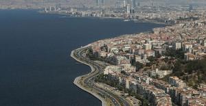 İzmir kentsel dönüşüm ile hızla yenilenmeli!