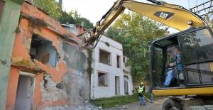 Yıldırım Mollaarap'ta kamulaştırılması tamamlanan binalar yıkılıyor!