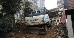 Eyüpsultan'da riskli yapı yıkımları devam ediyor!