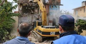 Kartal'daki riski binalara önce asbest sonra yıkım!