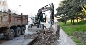 Ankara'da Fatih Caddesi'nin yolları genişletiliyor!