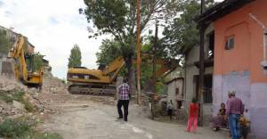 Ankara'da kentsel dönüşüm için 4.571 gecekondu yıkıldı!