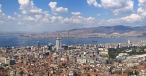 """""""İzmir'de her yıl 30 bin konutu yenilemek zorundayız"""""""