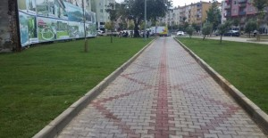 Gemlik Kent Meydanı artık daha yeşil!
